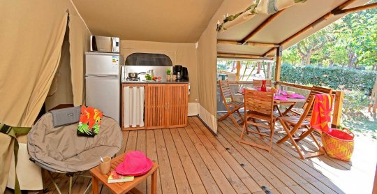 location lodges kenya terrasse camping moulieres